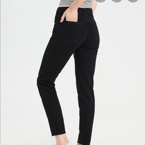 AMERICAN EAGLE high rise girlfriend jeans